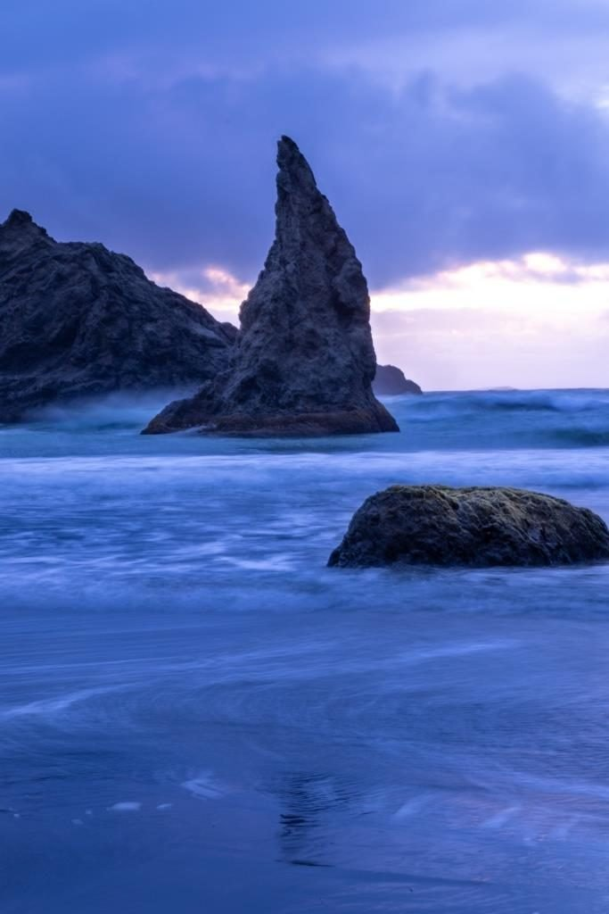 wizards hat bandon beach southern oregon