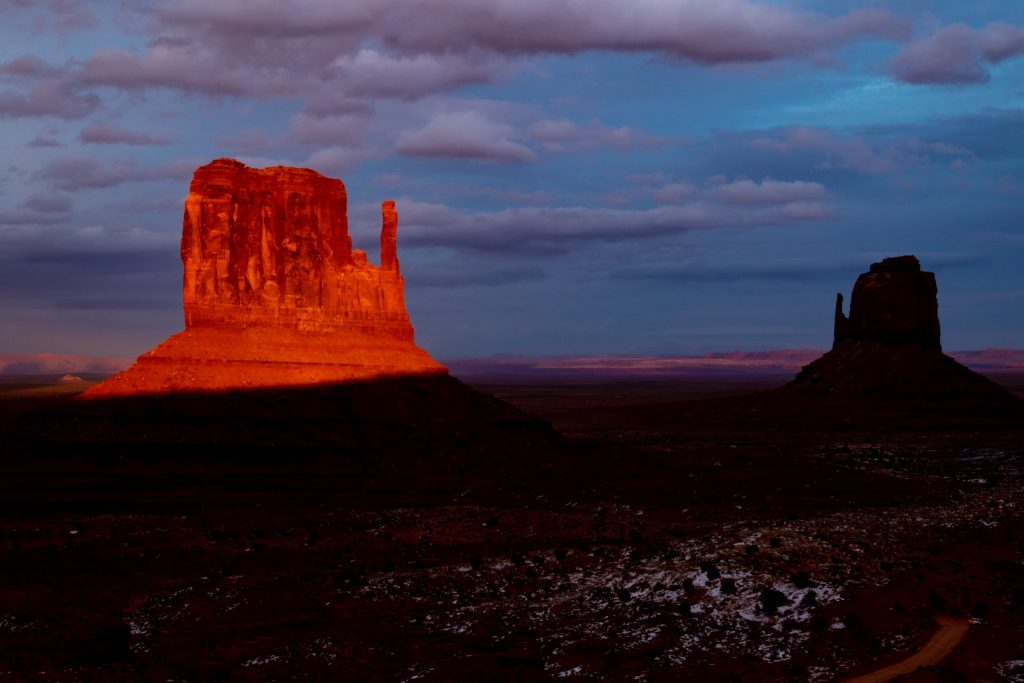 Monument Valley american southwest sunset