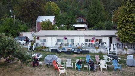 ainsworth motel